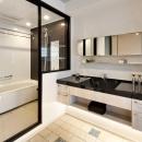 大人の秘密基地ってどう?の写真 開放的な洗面室とバスルーム