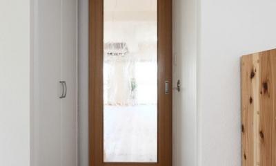 寝屋川市 O様邸|マンション全面リノベーション工事 (ガラス扉で明るい空間に)