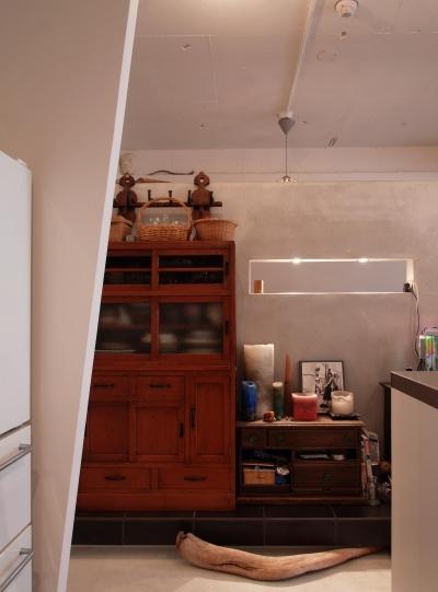 リビング (mimi—三軒茶屋の「身の丈ハウス」)