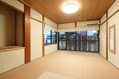 枚方市 T様邸蔵と母屋のリノベーション工事 (壁は珪藻土でスッキリ仕上げた和室)