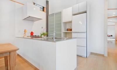 K・プラン・サ-ビスの注文住宅の家 (使いやすさ、動きやすさを一番に考えたアイランドキッチン)