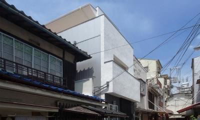 減築することで生まれた中庭|狭小住宅のリノベーション (外観)