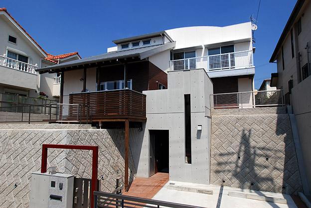 「Kurenai色のある家」