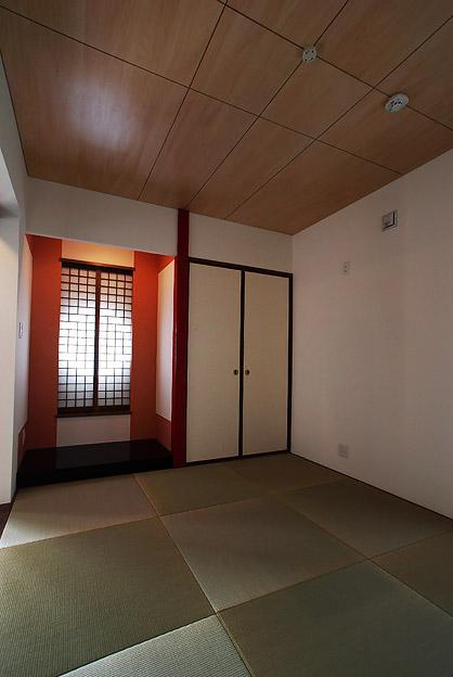 「Kurenai色のある家」の部屋 落ち着き和室