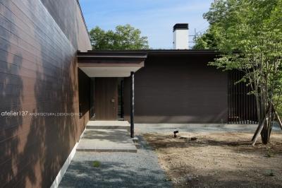 玄関アプローチ (038那須Fさんの家)