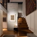 田園調布「I邸」の写真 アンティークな雰囲気の広々とした玄関