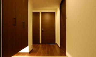 ホテルライクな住まい (玄関)