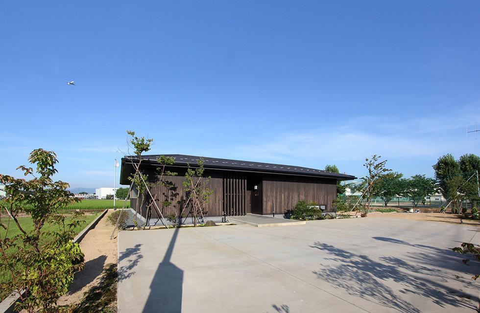 能美市の家の写真 田畑を埋め立て形成された500㎡を超える広大な平屋