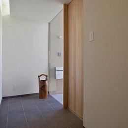 N-Frame (シンプルな玄関)