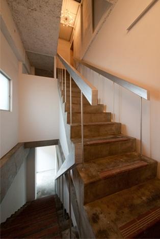 マトリョーシカノイエの部屋 レトロな階段
