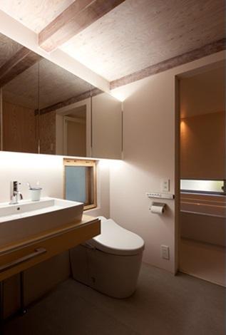 クラノイエの部屋 広々としたトイレ
