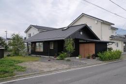 倭の家 (北東側外観)