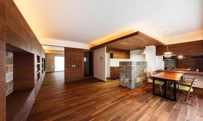 rehaus-an/上質な大人の空間へのマンションリフォーム (リビング)
