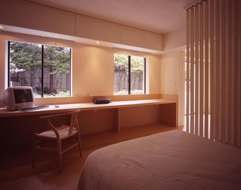 sato houseの部屋 書斎