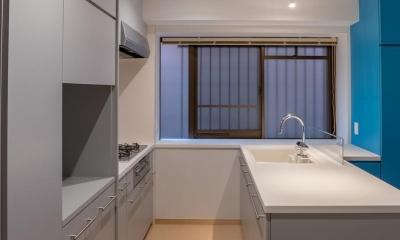 並木町のマンション|収納家具と障子で住戸のイメージを一新 (キッチン)