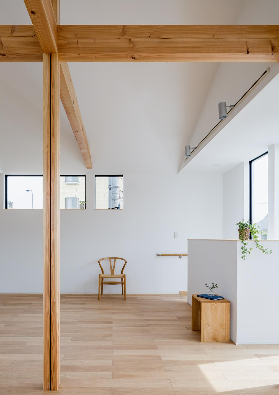 木立を望む家の部屋 LDK-2