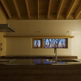 CNAN (キッチンから見える森の風景)