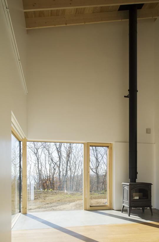 CNANの部屋 天井の高いリビング