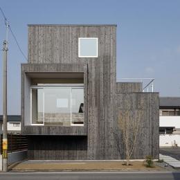 土岐の住宅-旧街道のおもかげが残る県道に面した住宅。