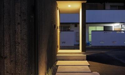 土岐の住宅 (玄関アプローチ)