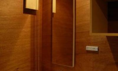 house k (四角がいっぱいの洗面所)