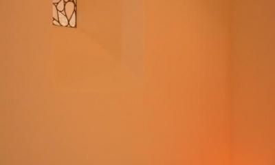 文京区Iさんの家 (トイレ室内から見たステンドグラス)
