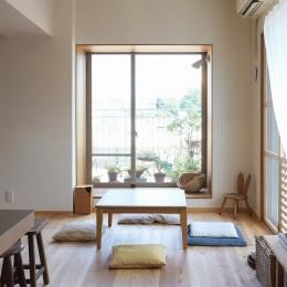 文京区Iさんの家 (リビングの縁側)