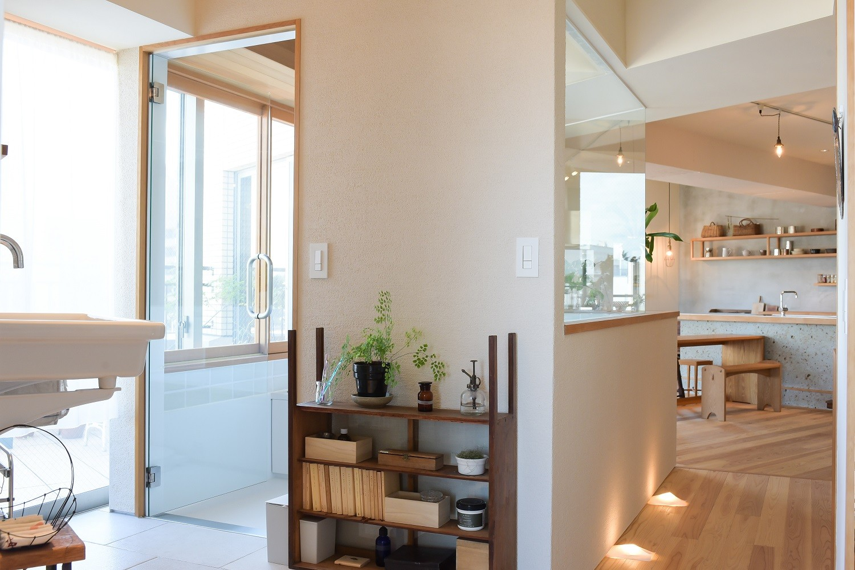 バス/トイレ事例:浴室外の壁面(文京区Iさんの家)