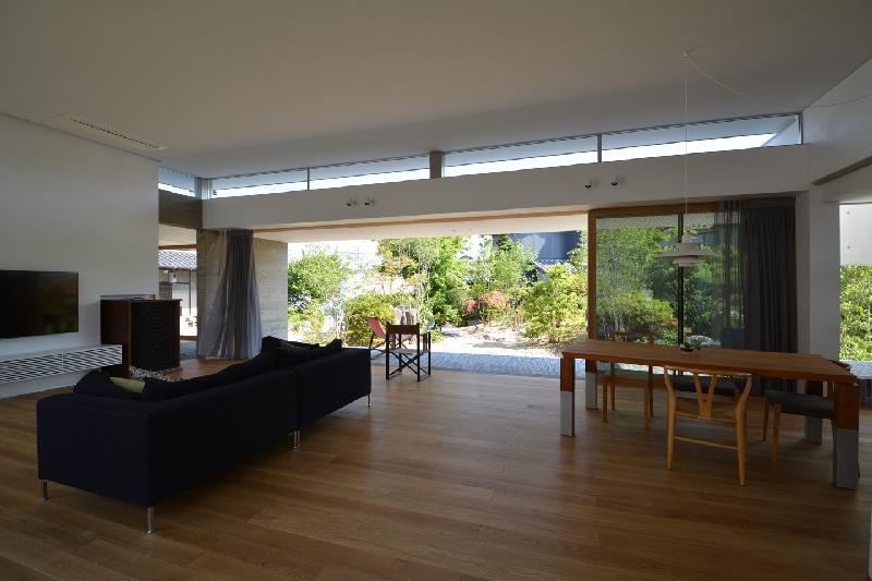 建築家:石川 英樹「uchikoshi no ie」