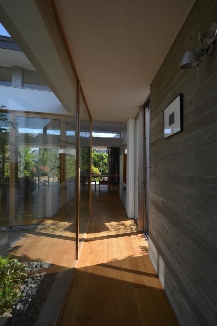 uchikoshi no ieの写真 明るい廊下