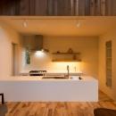 つなぐ家  ー田上のI-Houseの写真 白いキッチン