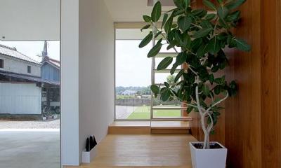 開放的な玄関土間|栃木県宇都宮市 House K - 太陽と風をつかまえる家 -
