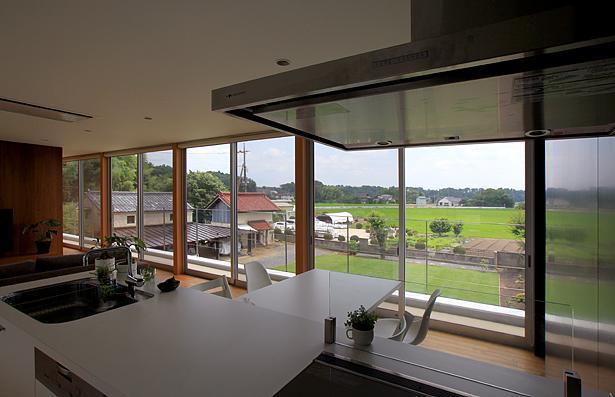 栃木県宇都宮市 House K - 太陽と風をつかまえる家 -の部屋 自然を感じる2階リビング