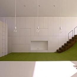 群馬県前橋市 House S  - 凹と凸 - (遊び心のあるテラスと一体化したキッチン)