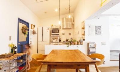 N邸-最上階の60m²を別荘のように (ダイニングキッチン)