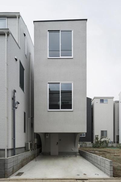 コンパクトな外観 (House in Osaki)