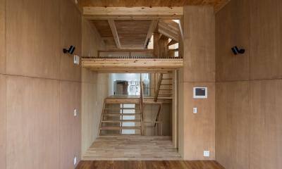 リビングからダイニイグキッチンの眺め|House in Osaki