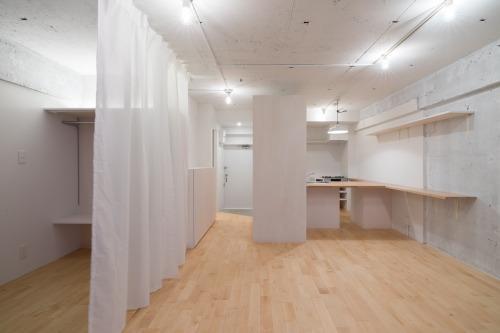 明大前のリノベーションの部屋 カーテンで仕切るワンルーム空間-CLOSE