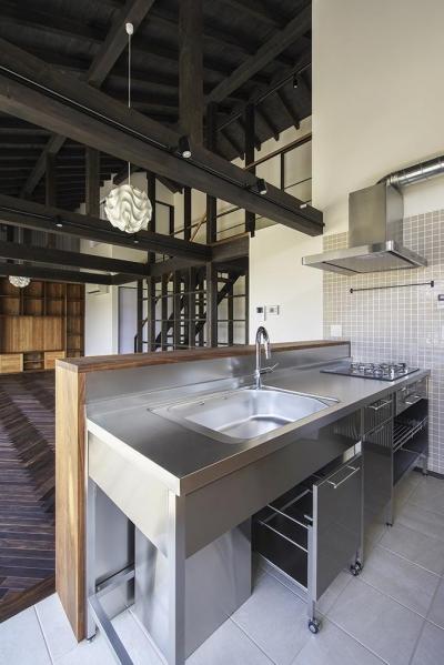 キッチン (松本岡田の家 -切妻六.五間堂-)