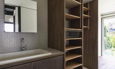 洗面・脱衣室 ユーティリティ|松本岡田の家 -切妻六.五間堂-