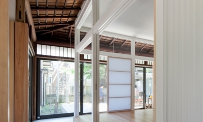 iesaka house (廊下)