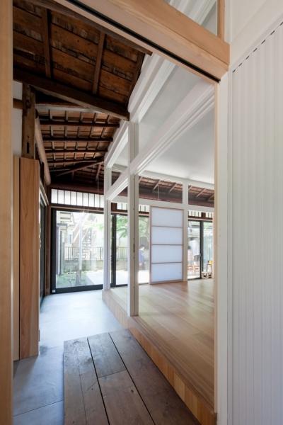 廊下 (iesaka house)