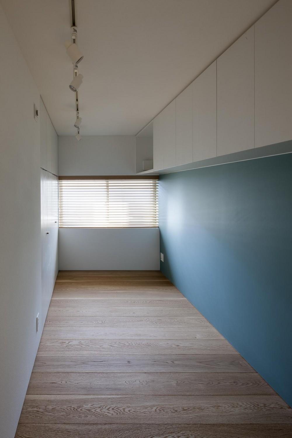 祐天寺の家 (収納と素材感を充実させた子供部屋)