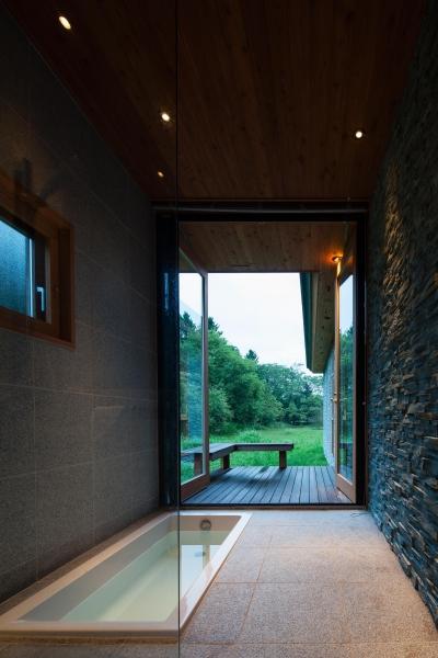 浴室 (K山荘)