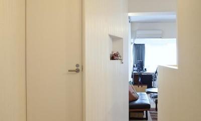 CABIN-ザイルの床、羽目板の部屋、レンガの壁 (廊下)
