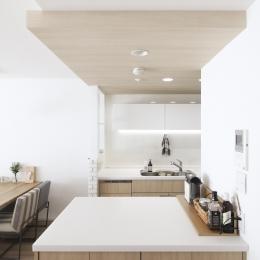 キッチンにある作業カウンター (建築家とつくりあげた理想のリノベーション空間)