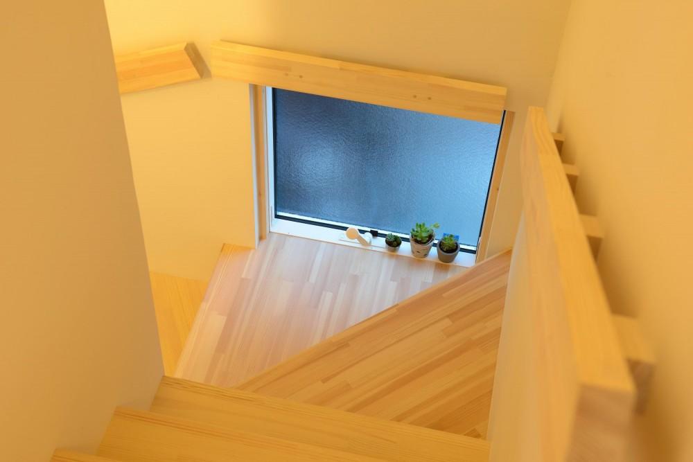 つくり続ける楽しさ (木製階段&手すり)