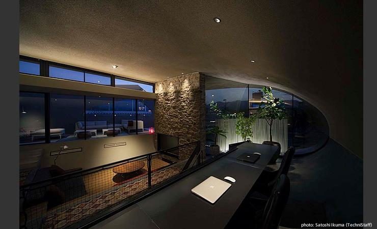H邸の部屋 眺めの良いスタディコーナー
