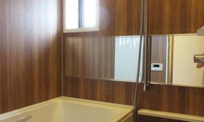 高級ロッジのような上質で温もり豊かな住空間 (お風呂)