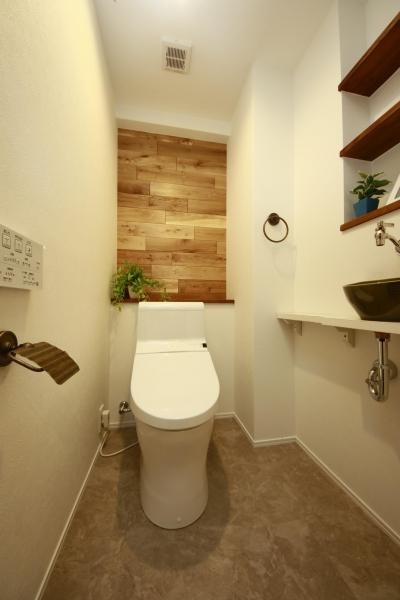 トイレ (『鎌倉Luxury』)